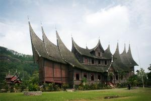 Istano Pagaruyuang