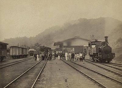 stasiun kereta api kayu tanam - pdg panjang