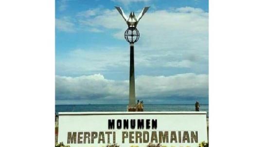 068303700_1467953017-Monumen_Merpati_Perdamaian